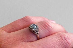 Raspberry Kiss Ring